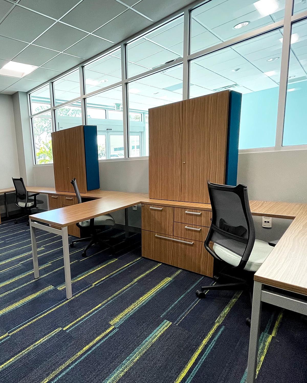 Hot Desks - 26 West Center Growth